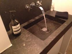 Lave-mains en Pierre du Hainaut