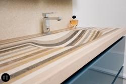 Vasque en Lamellé Roche®, massive, encastrée dans le meuble